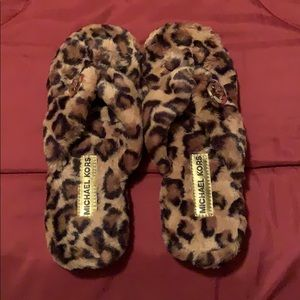 Micheal Kors, Leopard thing house shoe
